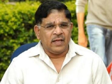 mega brother nagababu sensetional comments on alluaravindh . allu aravindh is a davudh ebahim and megastar on of the rajan