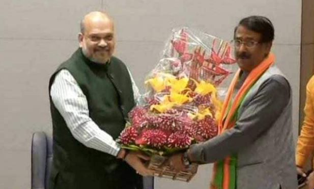 Tom Vadakkan, key Sonia Gandhi aide, joins BJP, Newsxpressonline